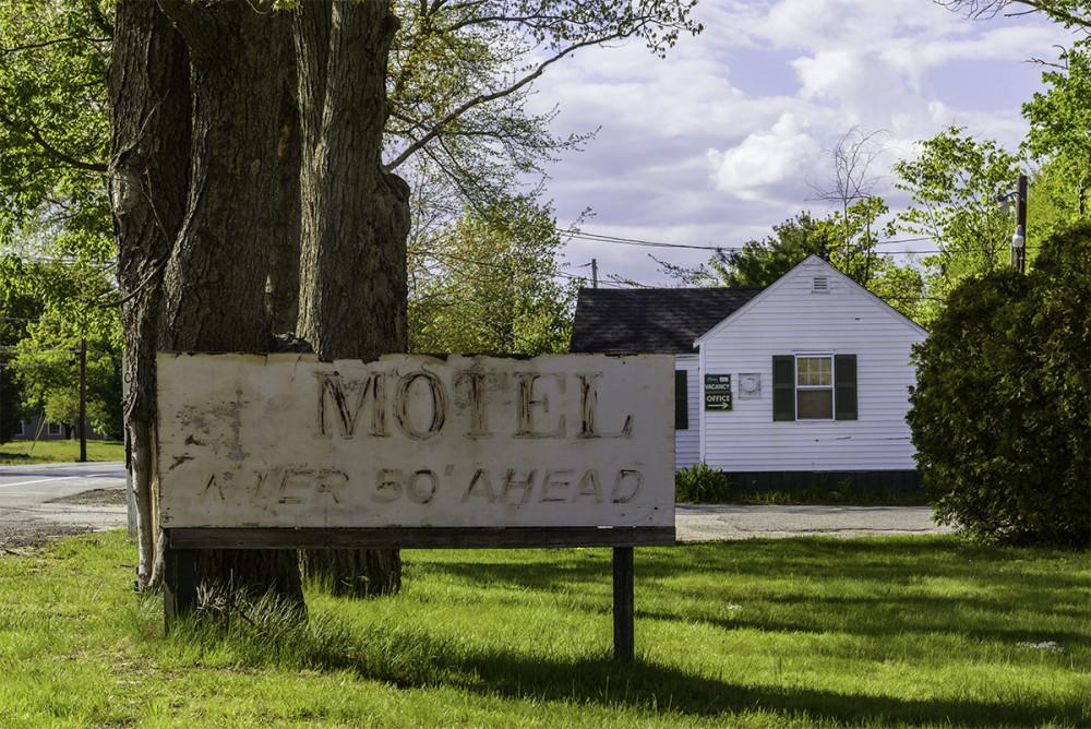 motel_sign_nh
